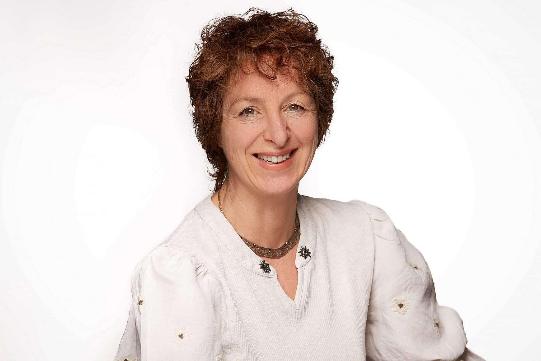 Julia Mayr